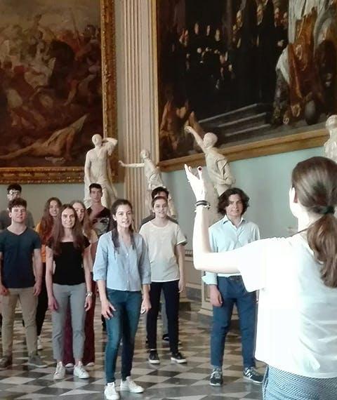 """""""Le statue raccontano"""": i ragazzi del Liceo Classico aprono la rassegna Uffizi Live con un evento fuori programma!"""