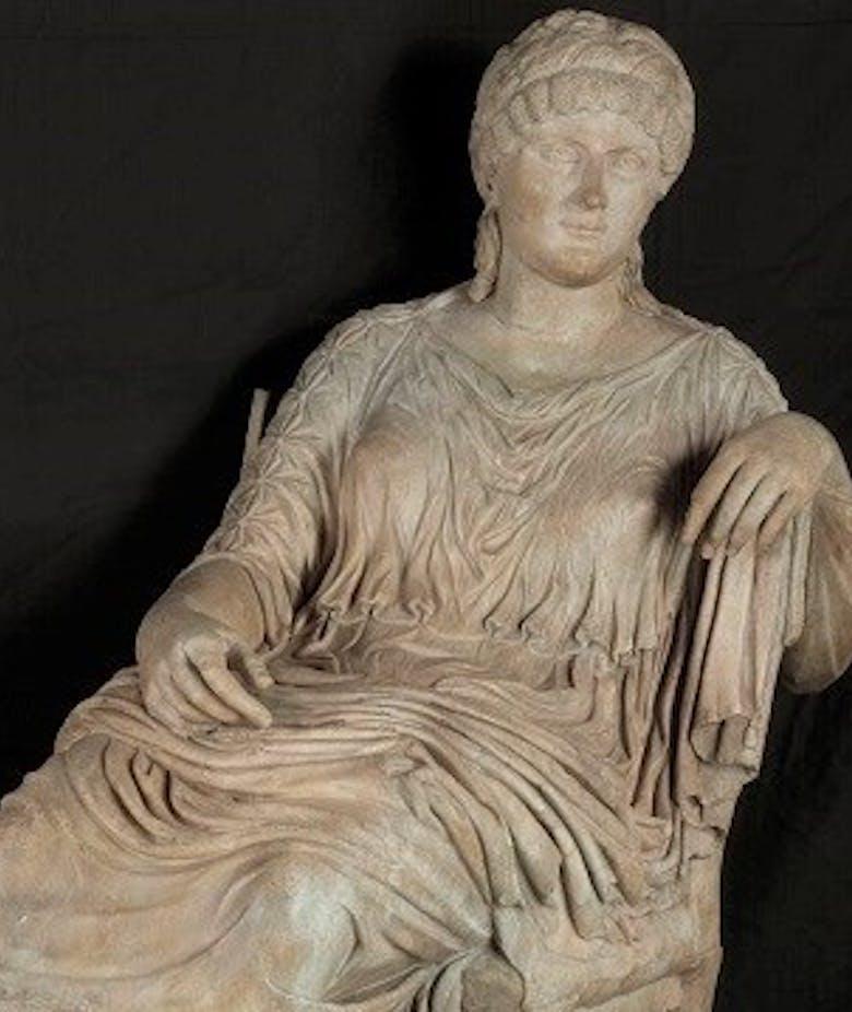 Statua dell'imperatrice Elena
