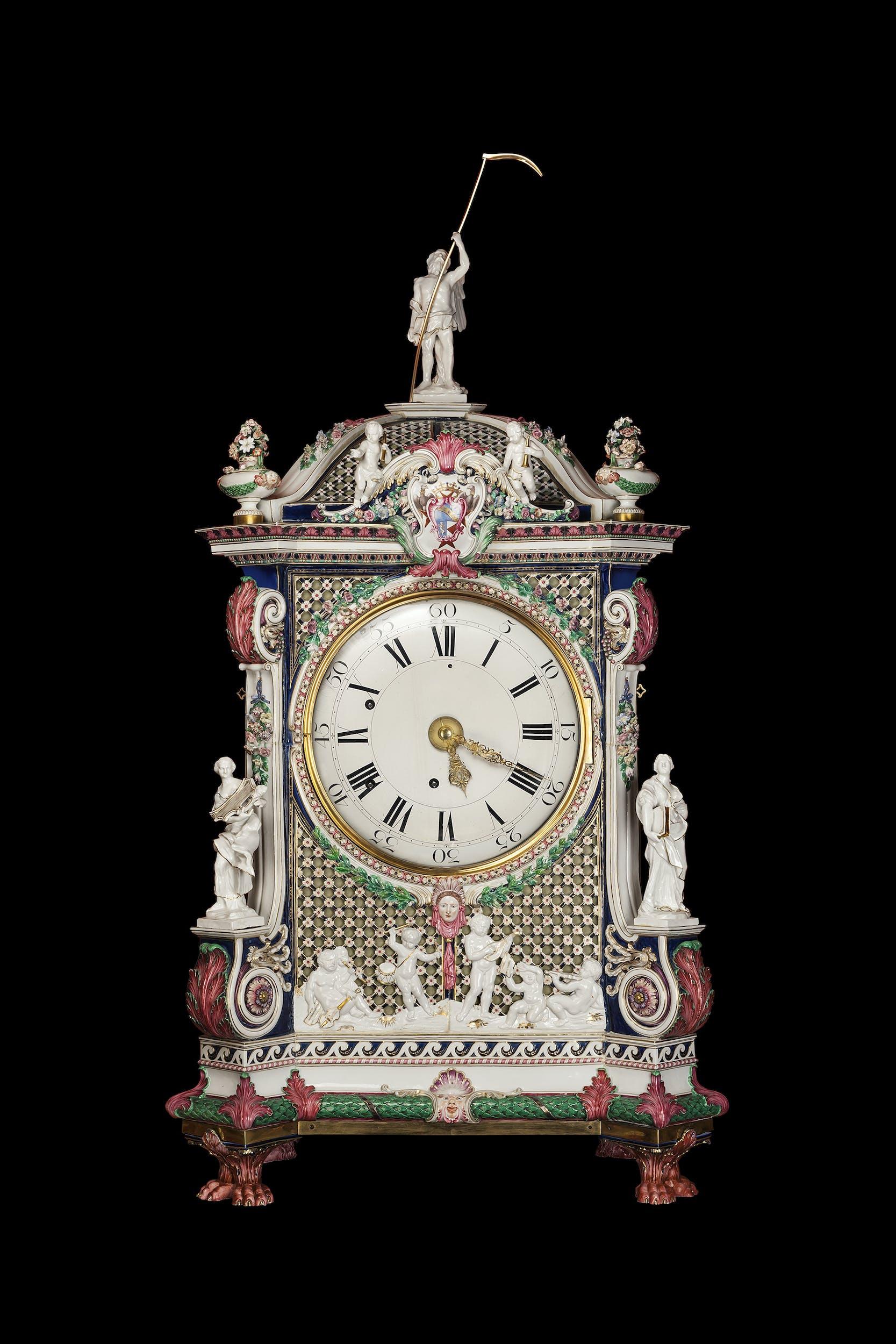 Manifattura Ginori, Doccia Orologio da tavolo 1777-1778 circa porcellana dipinta in policromia e dorata, bronzo dorato e vetro Giordano Art Collections
