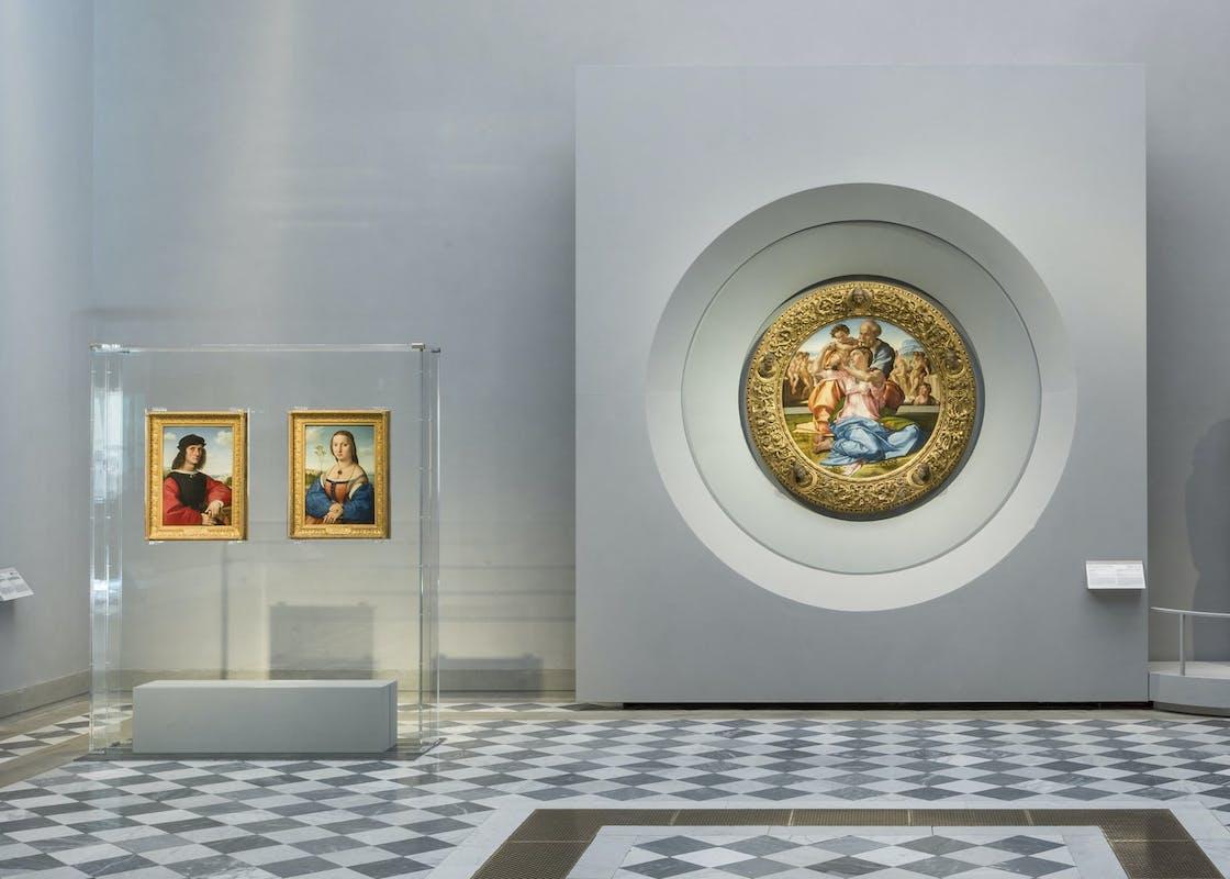 I ritratti e il Tondo Doni nel nuovo allestimento della sala 41     The new settinf of room 41 with the portraits and the Tondo Doni
