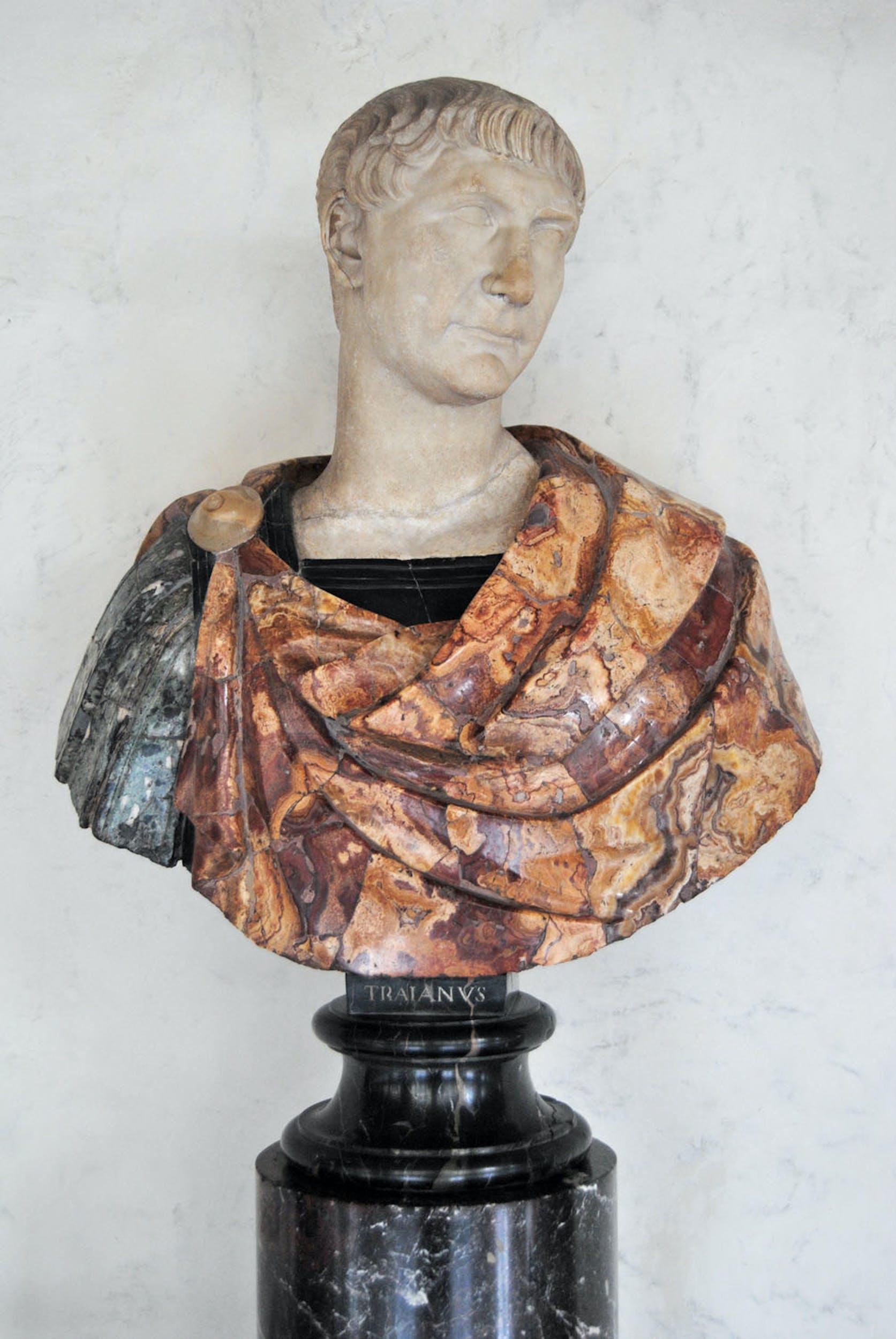 Busto di Traiano,  inizio II secolo d.C.,  Galleria delle Statue e delle Pitture, Gallerie degli Uffizi, Firenze