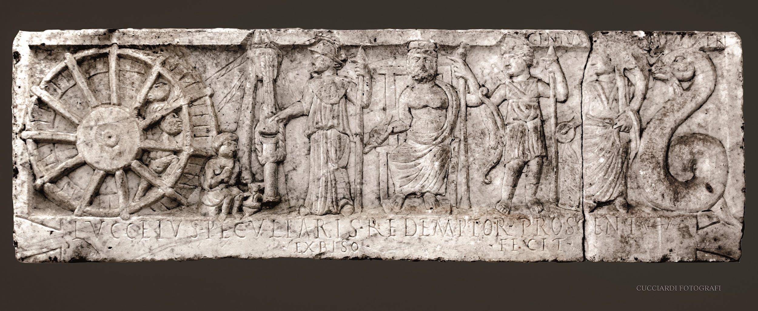 Fig. 11 Rilievo di Lucceius Peculiaris Seconda metà II secolo d.C. calcare Museo Provinciale Campano, Capua | Fig. 11 Relief of Lucceius Peculiaris Second half of the 2nd century A.D. Limestone Museo Provinciale Campano, Capua