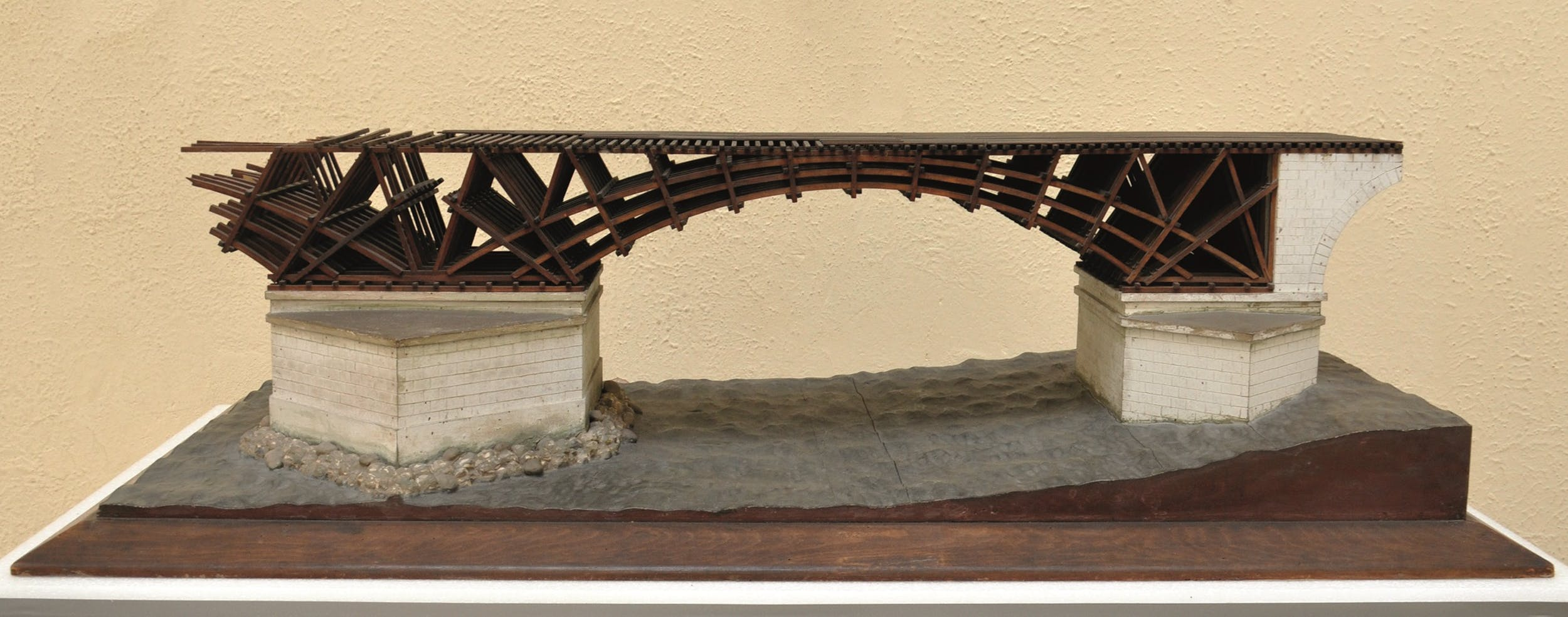 Fig. 16 Italo Gismondi Reconstruction of the Bridge over the Danube Model in 1:50 scale Museo della Civiltà Romana, Rome