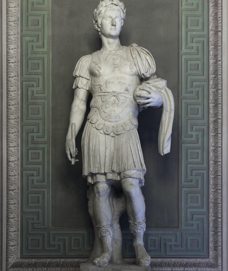 Statua di loricato