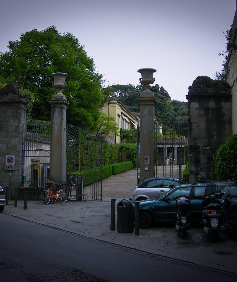 Chiusura dell'ingresso di via Romana nelle giornate ad ingresso gratuito