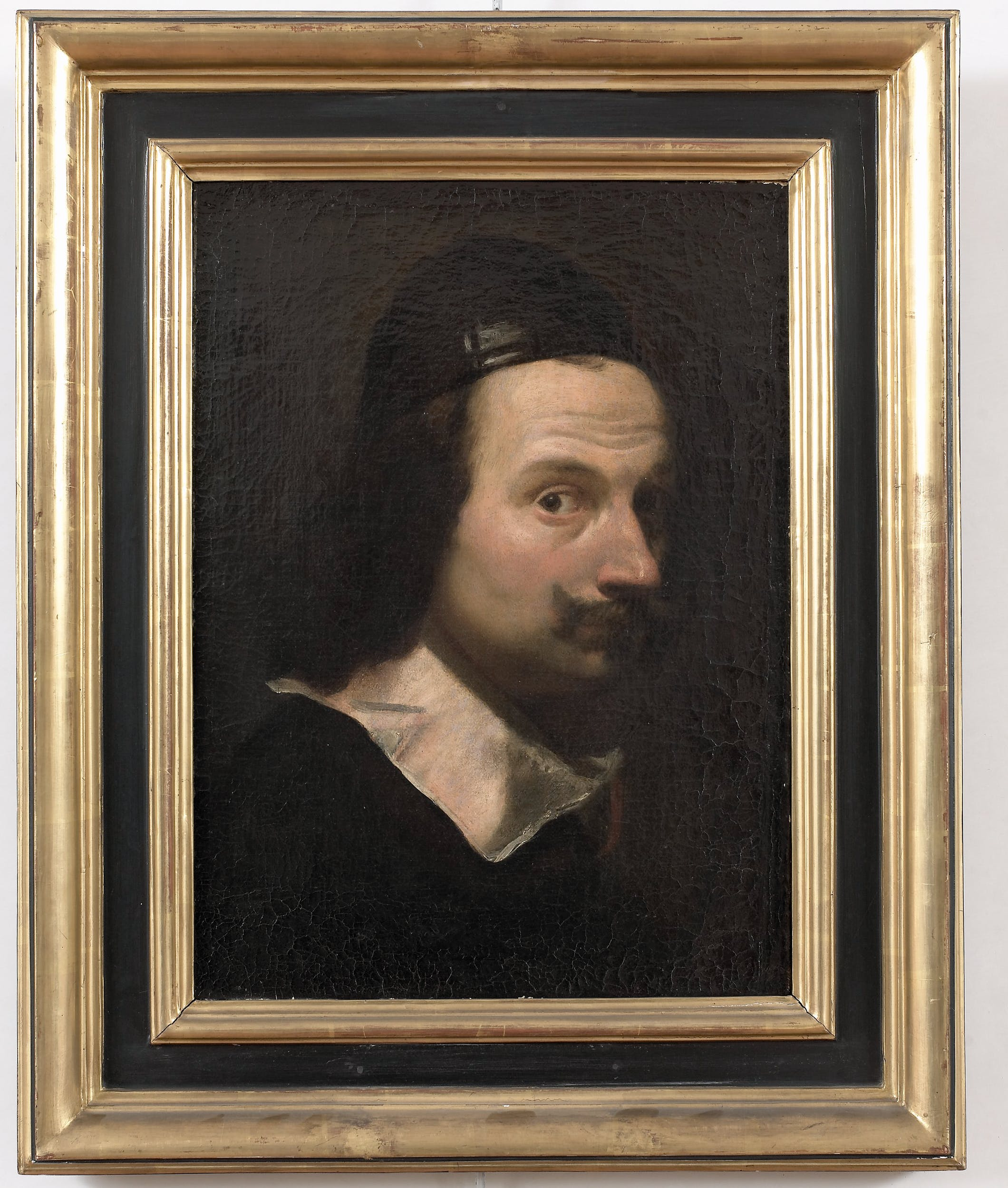 Lorenzo Lippi, Autoritratto, 1650–1660, olio su tela, 49,5 x 36 cm, Firenze, Gallerie degli Uffizi, inv. 1702, n.1890.