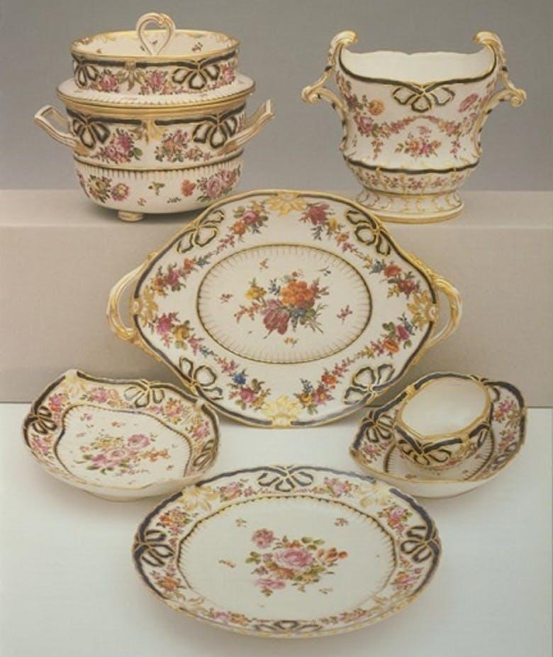 Table and dessert service of Grand Duke Leopold II