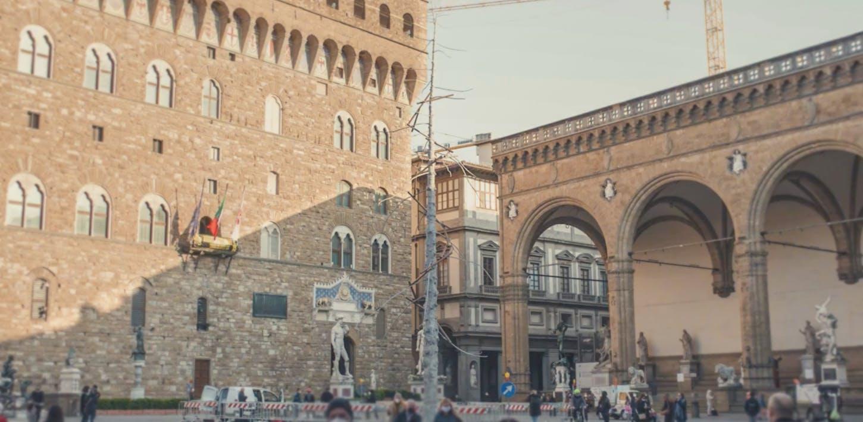 Dantedì, Alberi in versi | L'Abete di Giuseppe Penone in piazza Signoria