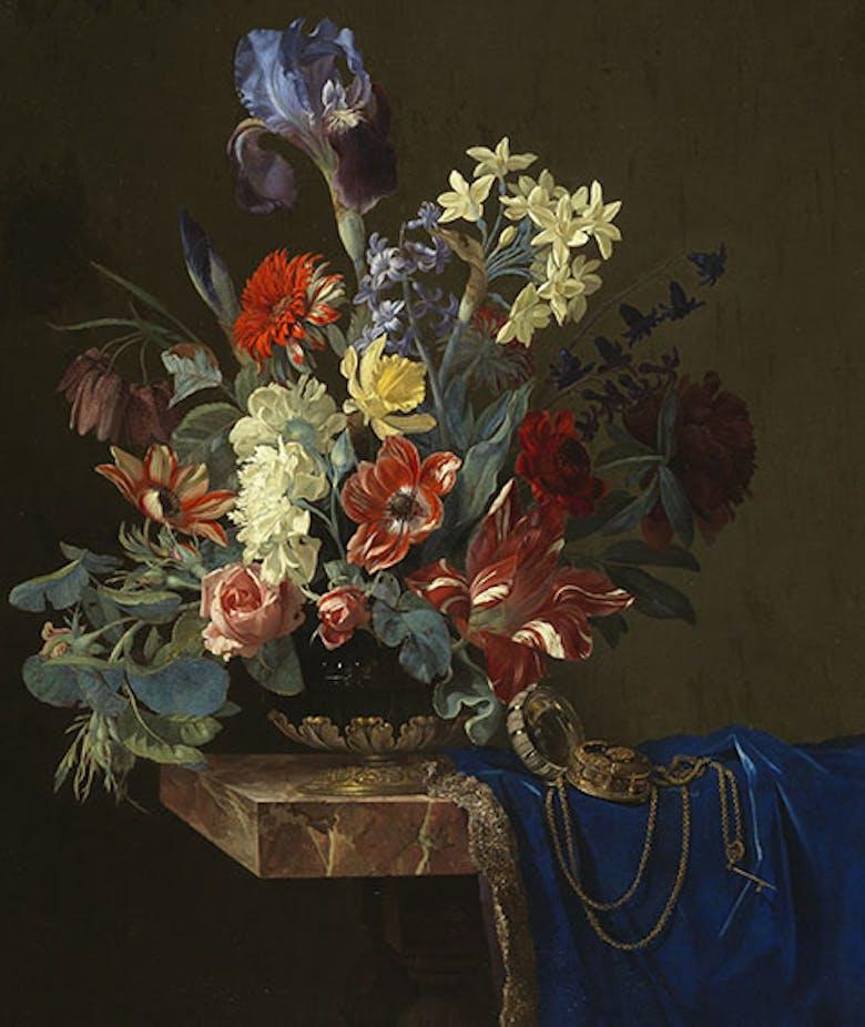 Vaso di fiori con orologio
